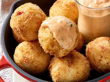 Pap Balls with Spicy Dip