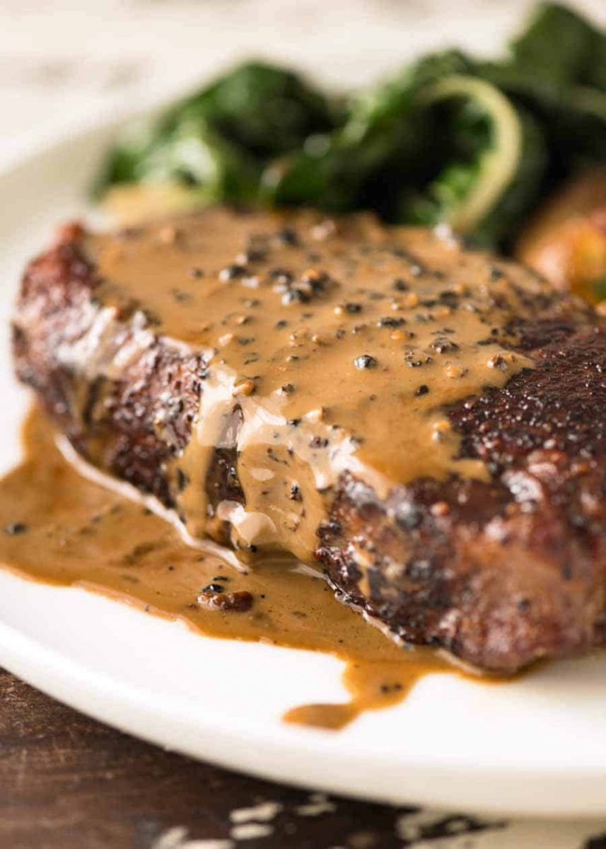 GRILLED SIRLOIN STEAK WITH MUSHROOM PEPPERCORN CREAM
